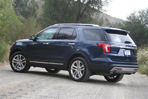 2016 Explorer Review by 2016 Ford Explorer Review Autoguide News