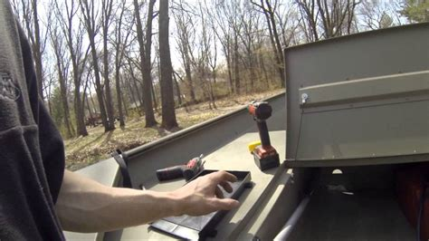 How To Install A Boat Battery by How To Install A Jon Boat Battery Tray