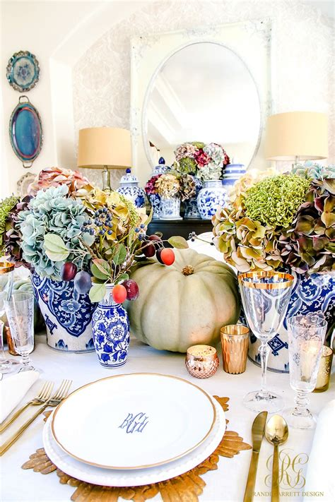 Luxurious Thanksgiving Tablescapes Love Happens Blog
