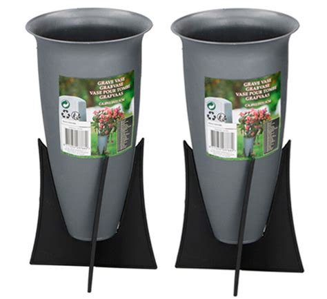 Memorial Vases For Uk by Set Of 2 Memorial Grave Vases On Stands Cemetery