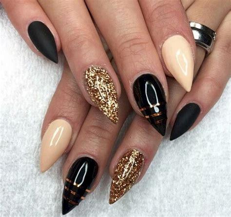 black nails  range  elegant  edgy