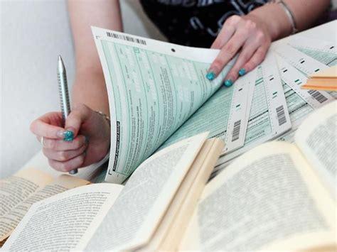 studienkosten als werbungskosten studienkosten absetzen wann die steuererkl 228 rung lohnt n tv de