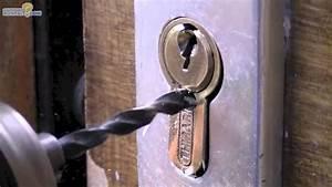 ouvrir une serrure cassee 06 25 46 70 89 wwwartisan With porte de garage sectionnelle avec serrurier 75020