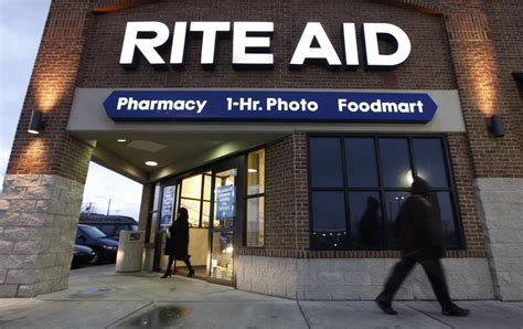 Walgreens gives up on buying Rite Aid, plans to buy 2,000 ...