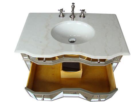 Mirrored Sink Chest