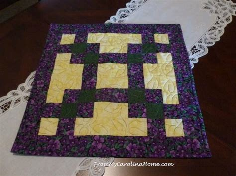 quick squares table topper favequiltscom