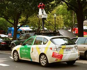 Google Street View Car : google street view car crashes in indonesia driver commits multiple hit and runs video huffpost ~ Medecine-chirurgie-esthetiques.com Avis de Voitures