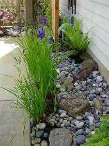 Landscaping with Mulch and River Rock