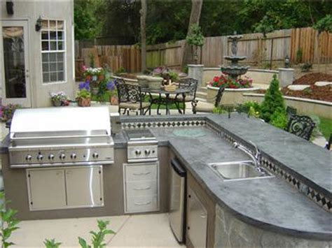 building an outdoor tile kitchen