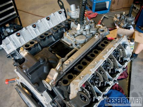 Ford 60 Powerstroke Engine Diagram by Ford 6 0l Power Stroke Engine Rebuild Photo Image Gallery