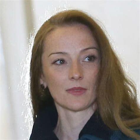 Florence Cassez: au chômage et divorcée, un retour bien ...