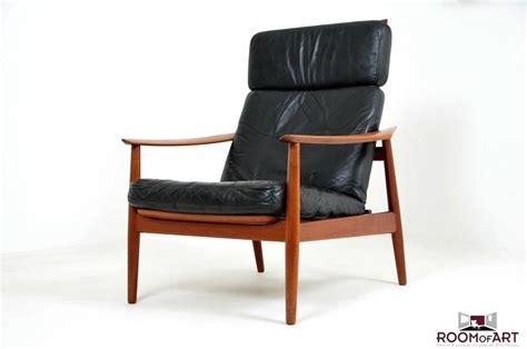 lounge chair in teak by arne vodder room of