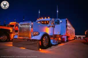 Custom 379 PETERBILT Show Trucks Night