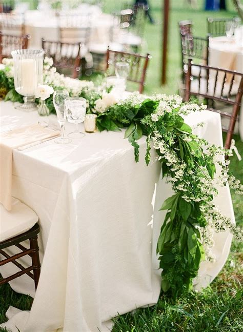 Green And White Wedding Table Runner Wedding Ideas Deer
