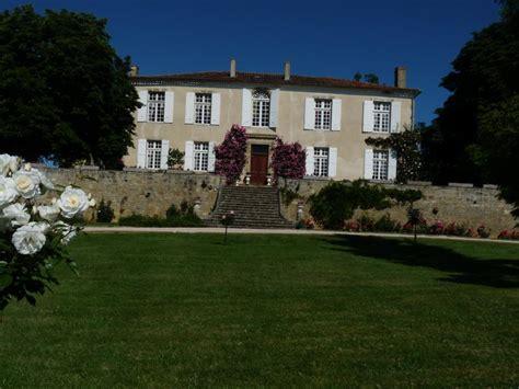chambres hotes gites de chambre d 39 hôtes château de batz à castillon debats gers