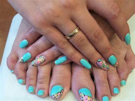 Идеи модного педикюра на лето2020 самые стильные варианты дизайна ногтей