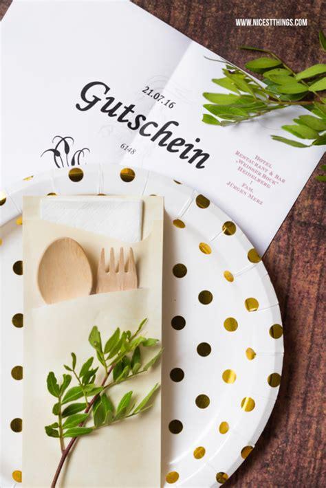 diy restaurant gutschein kreativ als geschenk verpacken