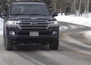 Toyota Land Cruiser 2017 : 2017 toyota land cruiser has it lost its mojo range rover snowy rescue the fast lane truck ~ Medecine-chirurgie-esthetiques.com Avis de Voitures