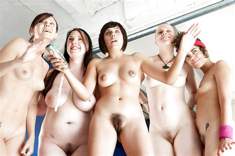 Group Nudes Pics XHamster