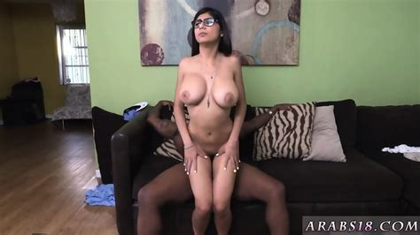 Jamaican Teen Sex Xxx Mia Khalifa Tries A Big Black Dick