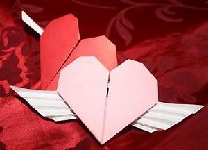 Herz Aus Papier Basteln : romantisches papier herz falten ~ Lizthompson.info Haus und Dekorationen
