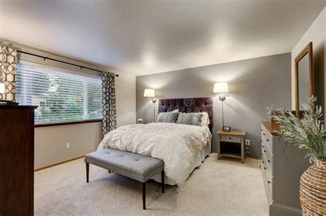 belles chambres à coucher chambre à coucher avec le mur gris d 39 accent photo