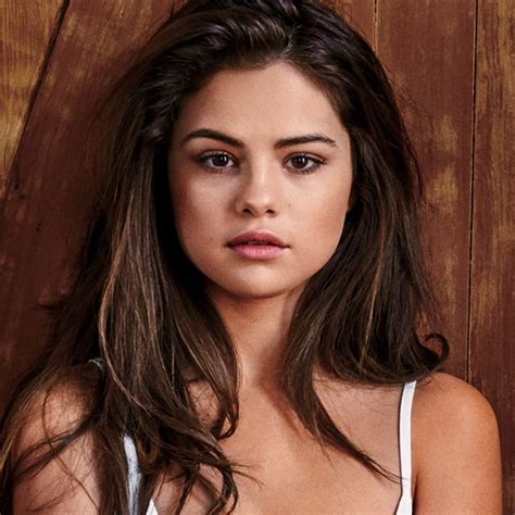 Selena Gomez Topless In Gq May 2016 Pictures Popsugar