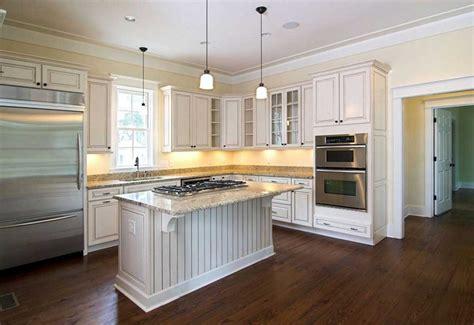hardwood floor in kitchen hardwood floors ideas for rooms in the house 4151