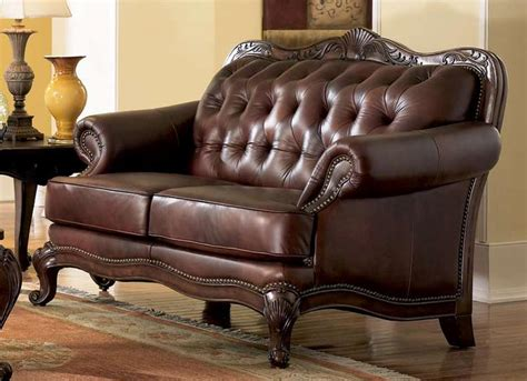 elizabeth traditional leather loveseat wood trim