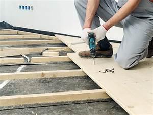 Realiser Un Plancher Bois : comment poser un plancher bois leroy merlin ~ Dailycaller-alerts.com Idées de Décoration