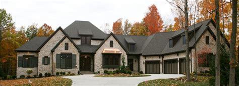 custom ranch  features   prestige homes luxury home builders