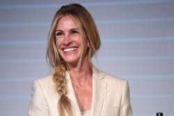 julia actress designated survivor julia roberts won t limit herself as an actress