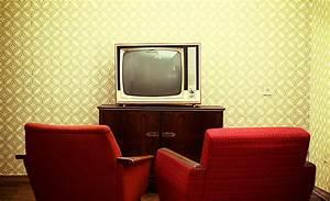 Optimale Höhe Fernseher : fernseh rechner zoll zentimeter h he breite abstand ~ Frokenaadalensverden.com Haus und Dekorationen