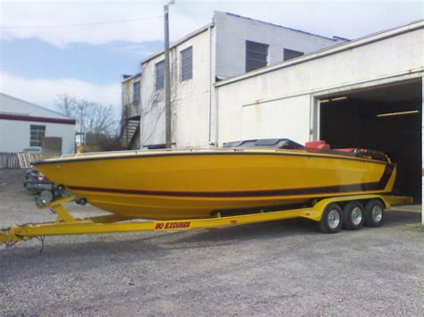 Yellow Cigarette Boat by Pics Of Yellow Boats Page 3 Offshoreonly
