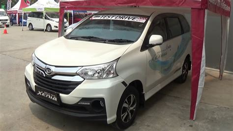Gambar Mobil Daihatsu Grand Xenia by Test Drive Daihatsu Xenia 2015