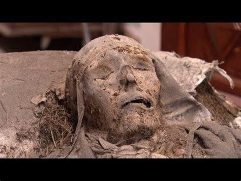 hightech zauberei mumie nach  jahren auferstanden