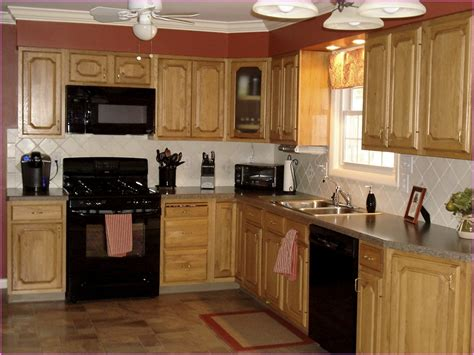 kitchen paint ideas oak cabinets kitchen color ideas with oak cabinets and black appliances