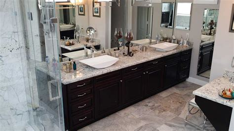 Cabinet Refacing In Fountain Valley
