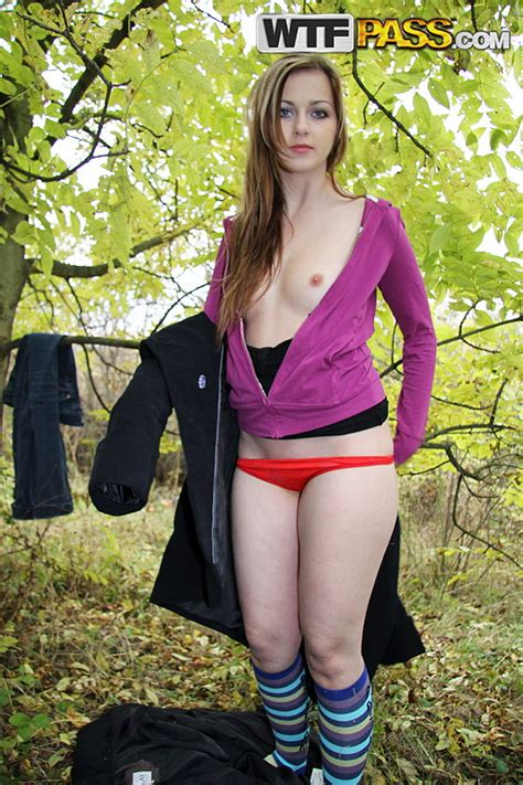 Teen Gets Her Face Covered In Cum In The Outdoors Publicsexadventures Com