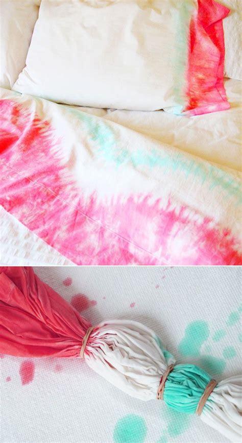 tie dyed sheets diy tie dye bedding diy