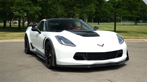 custom  chevy corvette  joins hertz lineup autoblog