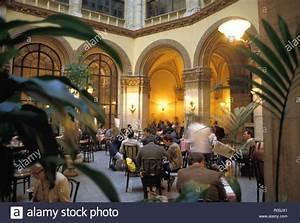 ältestes Kaffeehaus Wien : kaffeehaus osterreich stock photos kaffeehaus osterreich ~ A.2002-acura-tl-radio.info Haus und Dekorationen