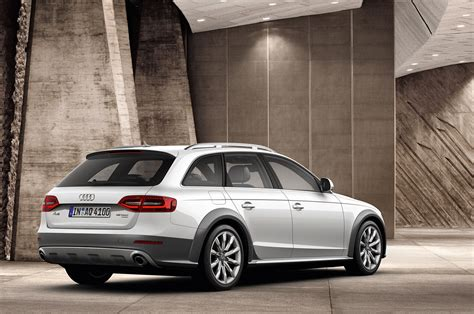 2013 Audi A4, S4 and A4 Allroad Quattro fully revealed [w