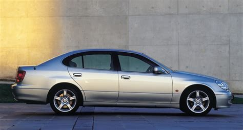 lexus sedan 2000 lexus gs sedan 2000 2005 reviews technical data prices