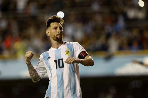 tite espera  lionel messi vaya  jugar la copa america de brasil critica