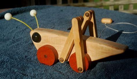 hop grasshopper pull toy  wyeth  lumberjockscom