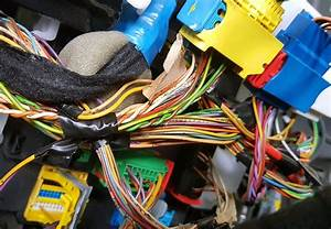 Common Car Stereo Problems  Symptoms  Solutions