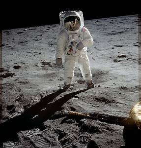 Remastered Apollo 11 photos and animations are amazing ...