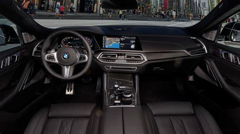 bmw  mi  interior worthy   price tag