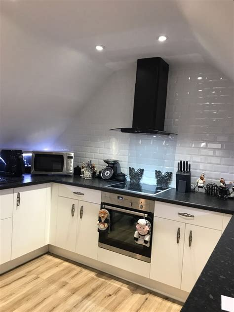 luxury kitchen installation in kent for mrs booth in kingsnorth bentons kitchens